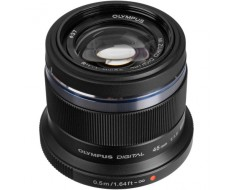 Olympus M.Zuiko Premium 45mm f1.8 Lens Black V311030BU000