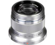 Olympus M.Zuiko Premium 45mm f1.8 Lens Silver V311030SU000