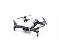 DJI Mavic Air - Ultraportable 4K Quadcopter - Arctic White CP.PT.00000138.01